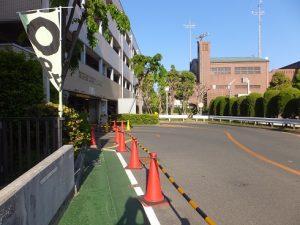 市立箕面駅前第二駐車場の入口