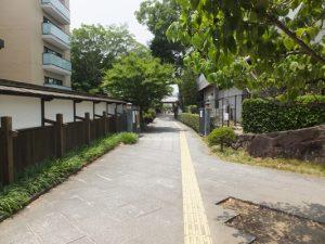 池田城跡公園の東門