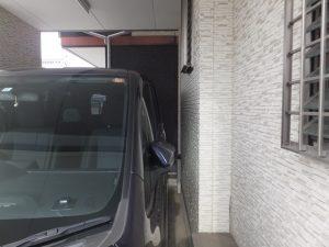 バックで駐車するコツ